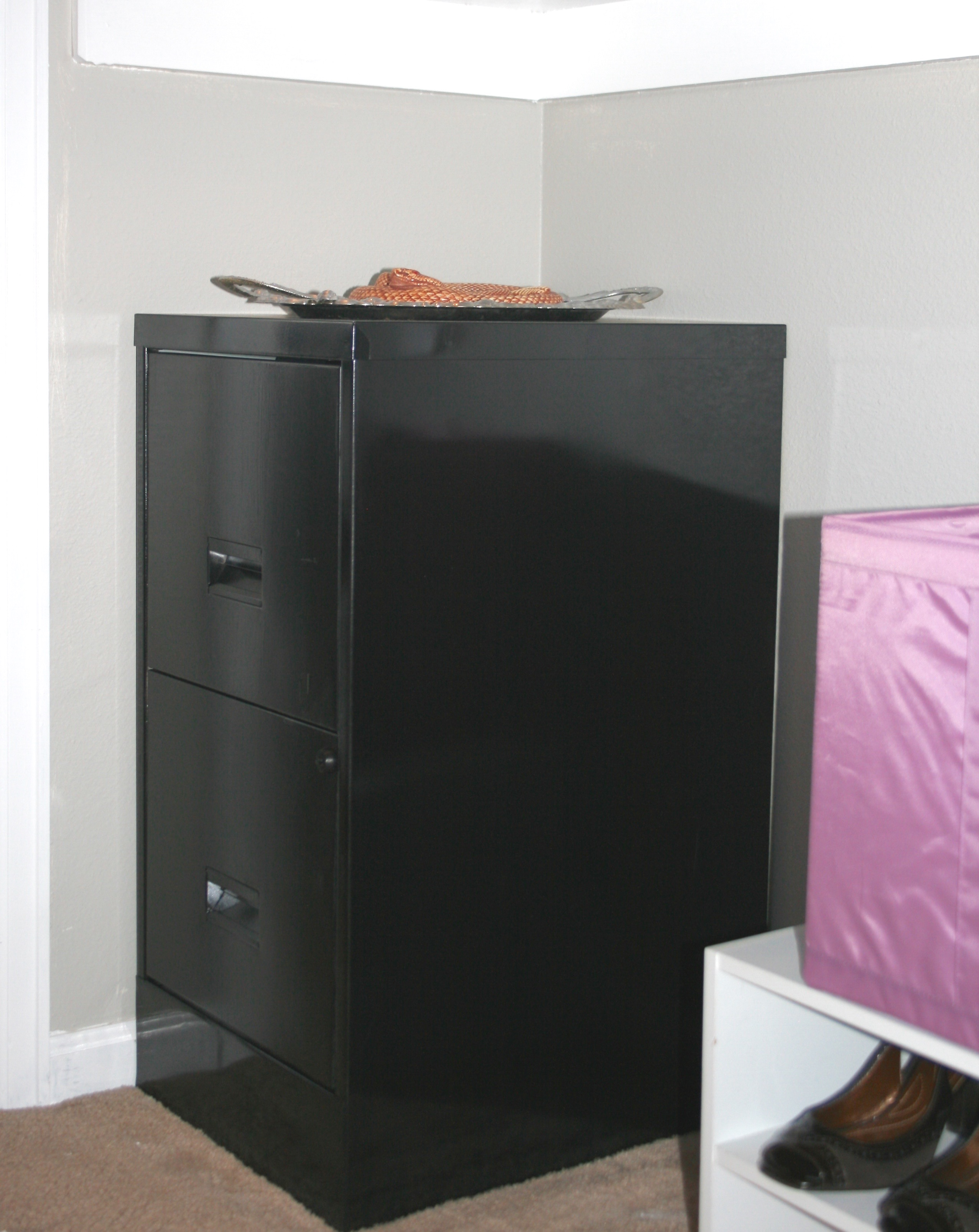 how to spray paint a metal filing cabinet this bold home. Black Bedroom Furniture Sets. Home Design Ideas